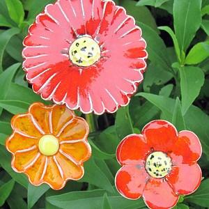 3er Set Keramikblumen auf Stele, groß