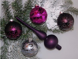 Mein schöner Garten Weihnachtskugeln mit Baumspitze Violett, 5-teilig