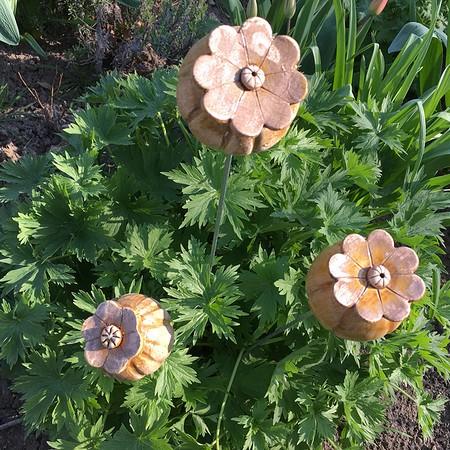 Mohnkapseln aus keramik auf stele 3er set g nstig online for Gartendeko auf rechnung