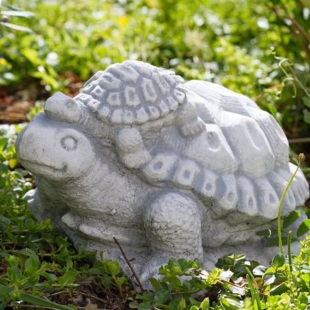 Schildkröte mit Baby, Dekofigur